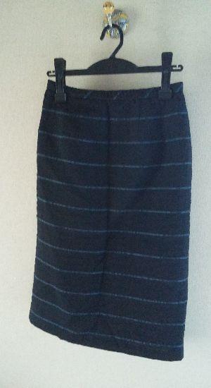 綺麗なスカートで、上下で品の良いスーツ