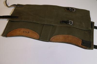 <p>大戦中ドイツ軍レギンス同型のBWガマッシェです。</p><p>この商品も年々、入手困難になって来ました、お早めに!</p>