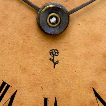文字盤のマーク