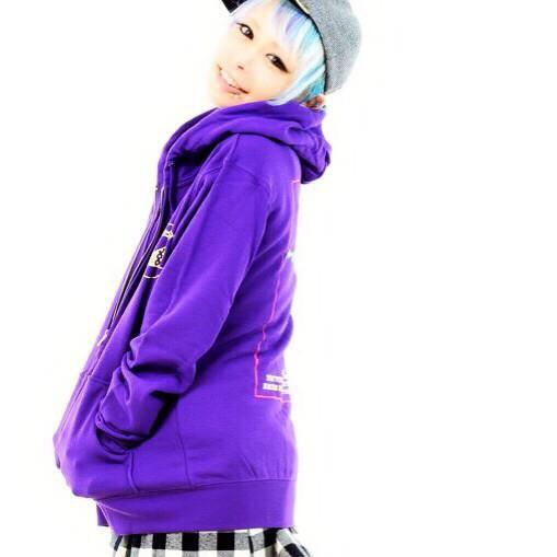 purpleバージョン ※モデル Msize着用