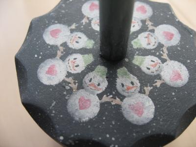 型抜きをつかった雪ダルマです。