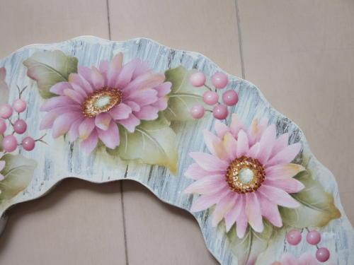 ガーベラの花びらはたくさんありますが描きごたえありますが、しあがったら、とっても華やかです。