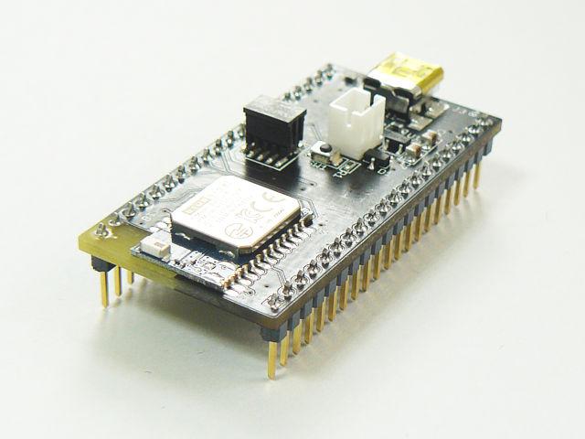 BluegigaのBLEモジュール BLE112-Aを搭載した基板です。<br>CC Debuggerを接続して、アプリケーションを書き込むことができます。