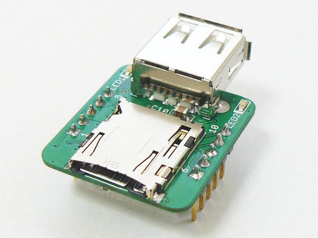 microSDスロットが実装されています。