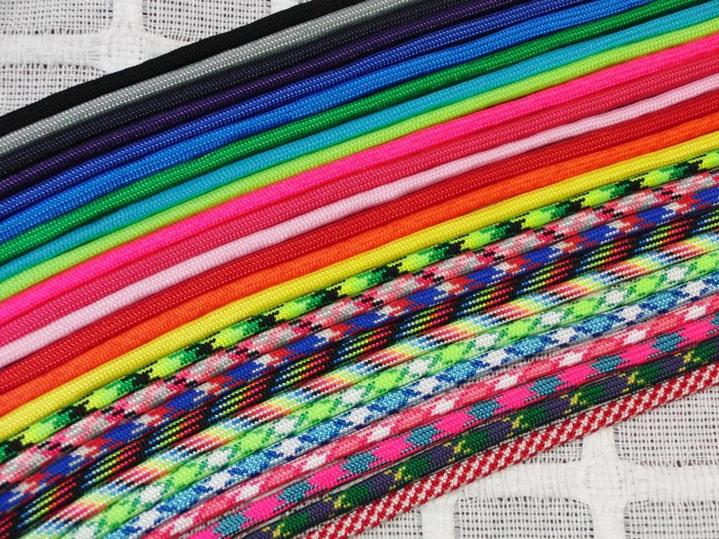 お好きな色の組み合わせをお選びください
