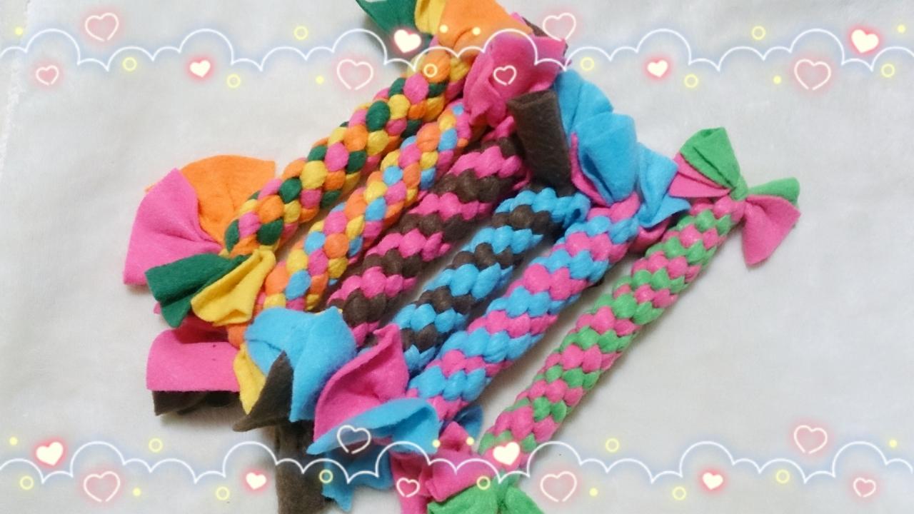 4色(緑・ピンク・オレンジ・黄色)、4色(水色・オレンジ・ピンク・黄色)、ピンク×茶、水色×茶、水色×ピンク、黄緑×ピンク
