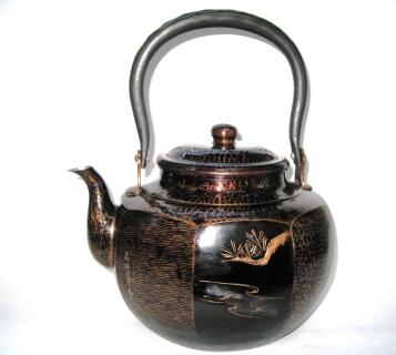 銅製 古色湯沸 八角(彫金模様入4.5L