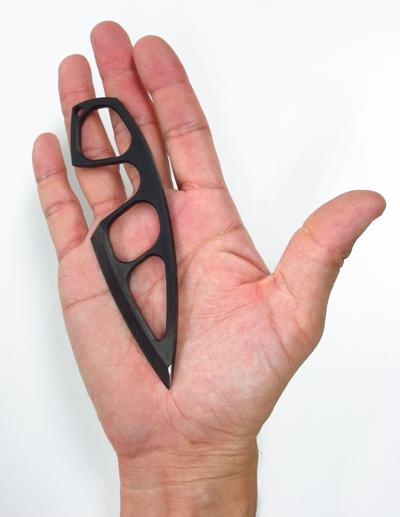 全長127mmの手の平サイズ