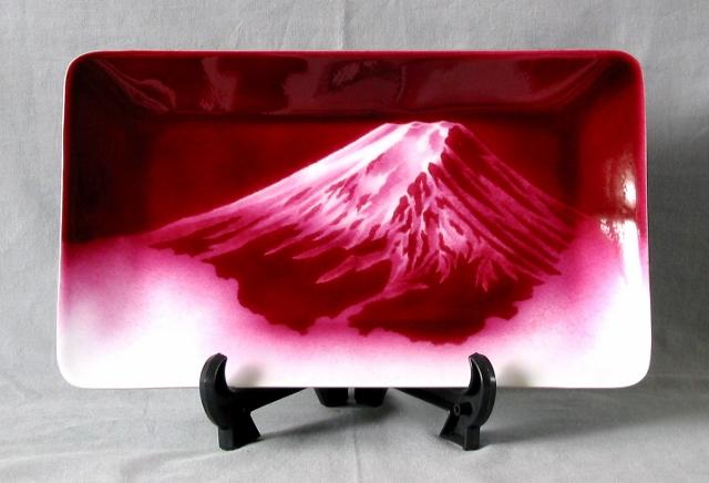 縁起の良い赤富士です。無線七宝です。