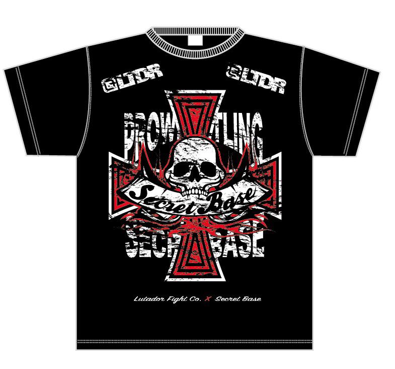 LUTADOR FIGHTがデザインを手がける『SECRET BASE×LUTADOR FIGHT』シリーズの新作Tシャツ! ヘヴィーな十字にロゴがインパクト抜群な新作! 赤に煌びやかなラメが入っているROCKテイスト溢れる一枚に仕上がっています!!