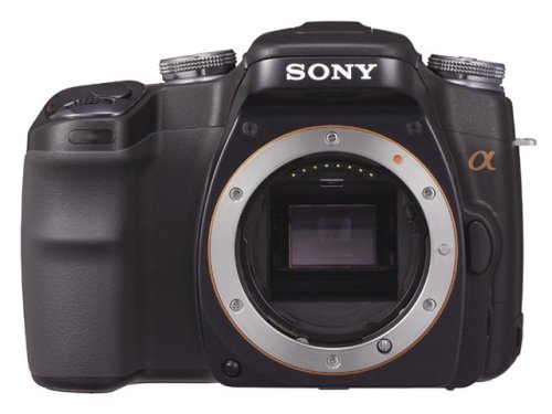 <b>お手持ちの一眼レフデジタルカメラ</b>を改造致します。<br><br>改造対象機本体、レンズ、満充電バッテリー×2(またはバッテリー×1とチャージャー)<br>記録メディア×1が必要となります。<br>※単焦点レンズご同梱推奨。<br><br>◎改造する対象機をご確認ください。<br> シャッター回数を酷使した本体はあまりお勧め致しません。<br> 何らかの開腹歴がある機体は、お受けできません。<br> 当カートは、お手持ち機種の改造注文でございます。 <br> 上記確認できましたら、改造費(往復送料別)を確認して<br> ご希望の換装フィルター種を選択し<b>カートに入れる</b>にお進み頂いた後<br> カートの中身を確認しレジへお進みください。<br> ※換装するフィルター種が確定していない場合は、その他を選択してください。<br><br>◎改造ご依頼後の流れ<br>・カートよりご注文後、自動確認メールが配信されます。<br>・管理人よりご注文内容の確認メールを致します。(当日〜翌日)<br>・換装する IR / SC フィルター種、OP等の確認または、お打合わせ。<br>・ご購入者さま送料ご負担で改造対象機をお送り頂きます。<br>・テスト撮影→改造→テスト撮影(10から30日)<br> ※天候によりテストが出来ない場合お時間をいただく場合があります。<br> ※OPの内容によりお時間を頂戴する場合がございます。<br>・完成後ご依頼者さまへゆうパック着払いにてご返送。
