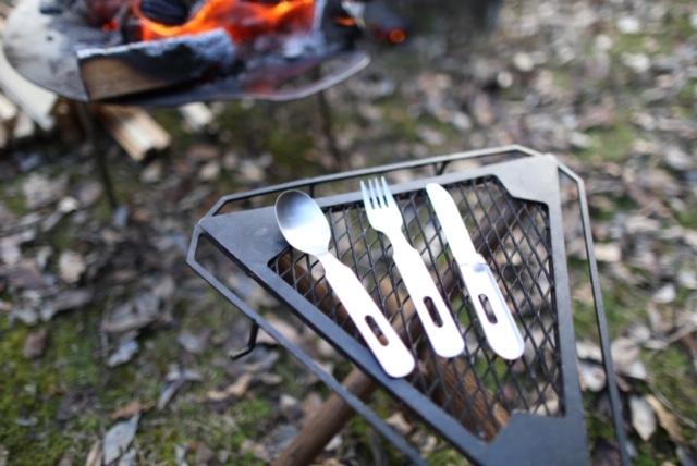 スプーン、フォーク、ナイフのセット
