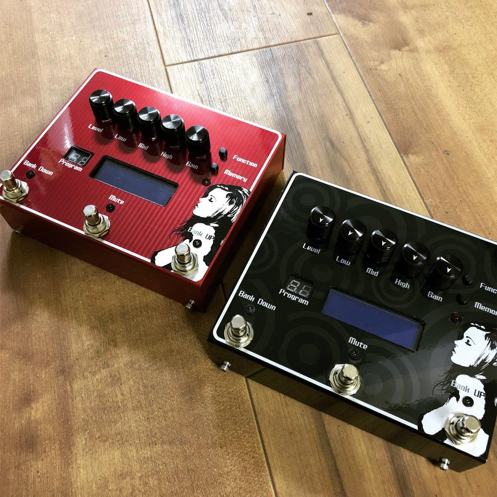 デザイン例 左:赤・ストライプ 右:オリジナル