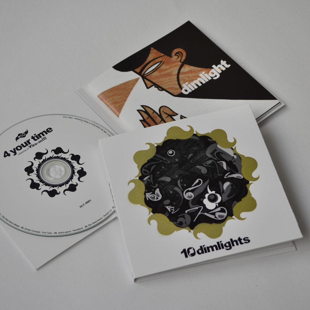 CD & BOOKLET