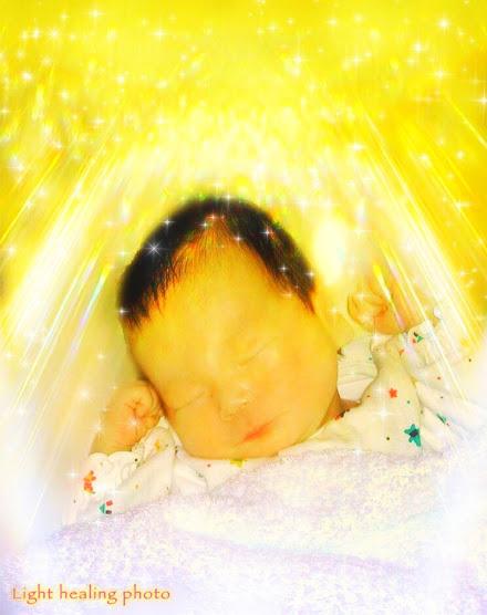 赤ちゃん誕生のお祝いに祝福の光を☆