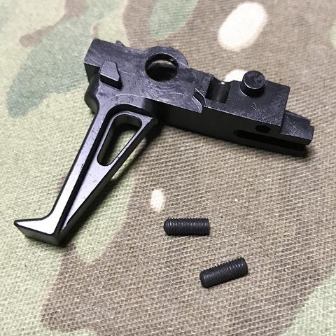 <b>メーカー:GunsModify</b><br><br>CMC社タイプのコンペテショントリガー<br>アジャスタブル機能付き<br>