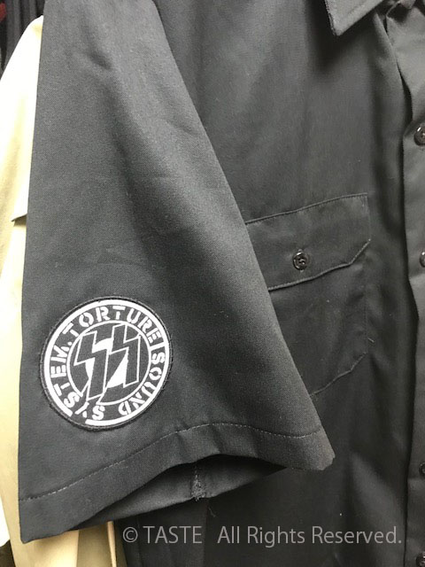 縫い付けイメージです。シャツは付属しません。