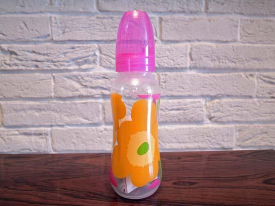 <p>再入荷!日本未入荷のマリメッコ、ウニッコ柄哺乳瓶です。</p><p><br>※【新品・未使用品】<br>※こちらの商品は、日本の規格に基づいて作られている商品ではございません。ご使用上の注意事項をお守り下さい。<br></p>