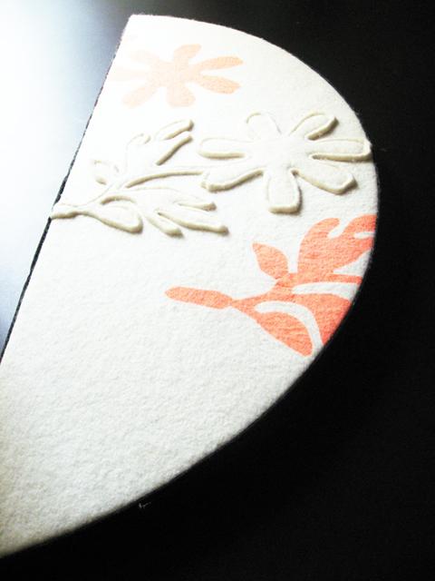 花模様のプリントとパッチワーク
