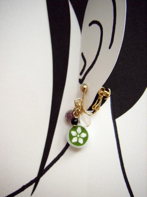 山桜(抹茶)の金太郎飴パーツはこの画像が一番近い色です。
