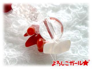 赤色のブレスレット(赤染珊瑚、さざれ石など)