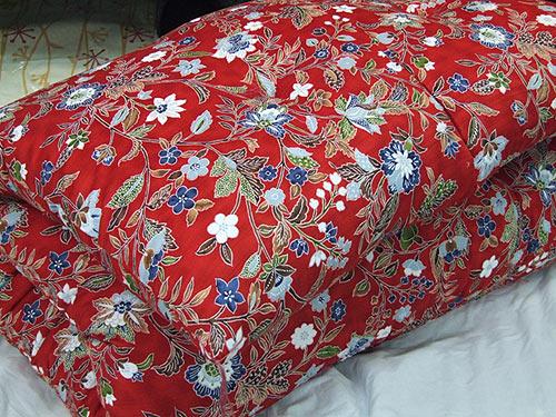 西川紬サテン手作り綿敷き布団(赤)