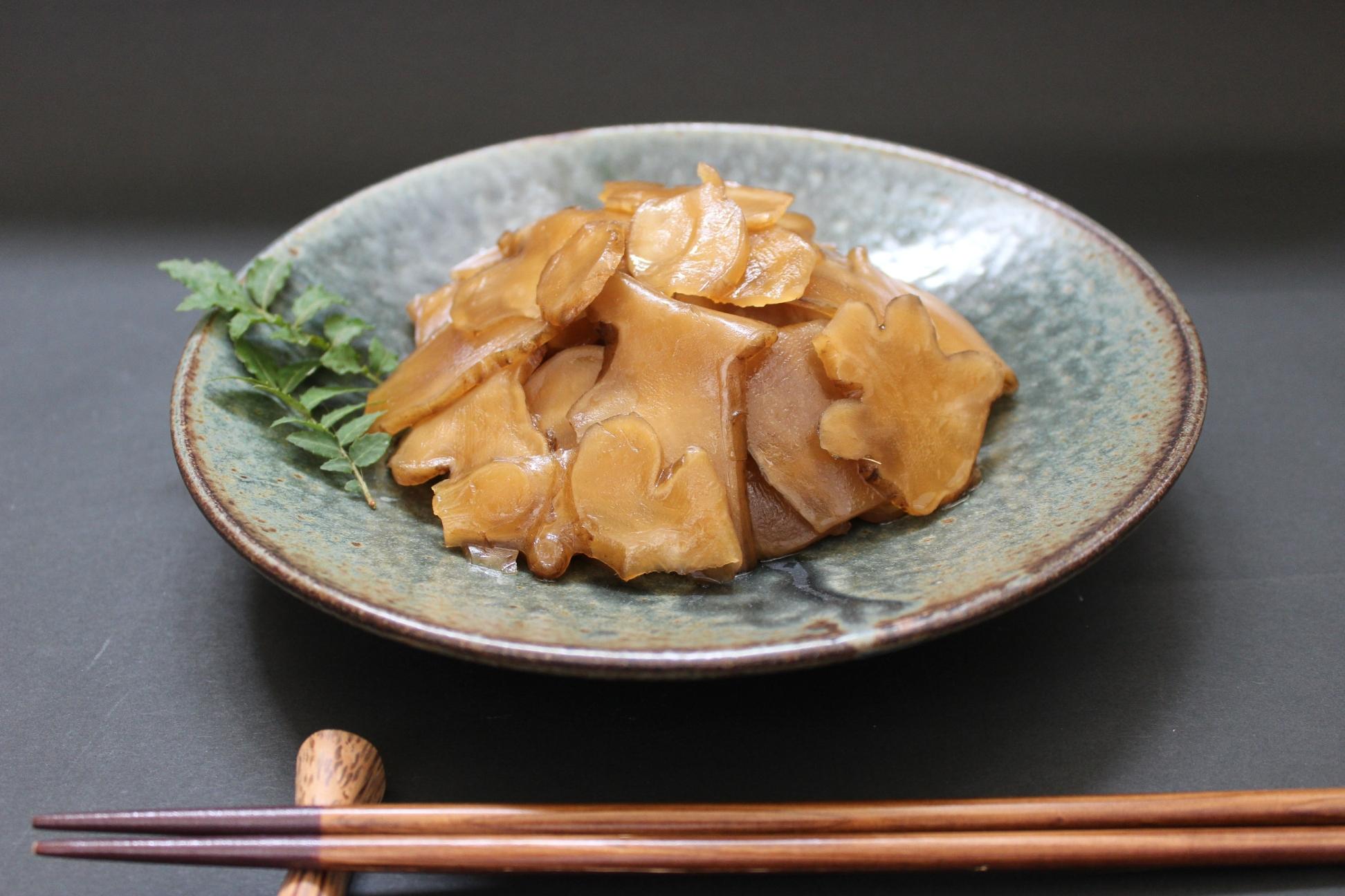 宮城県産の菊芋をごま油が効いたきんぴら風味に仕上げました。